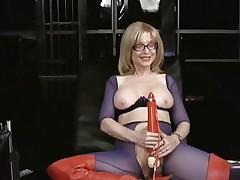 Nina Hartley loves tormenting her juicy wet slot
