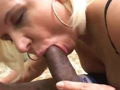 Getting oral with a slutty blonde chick